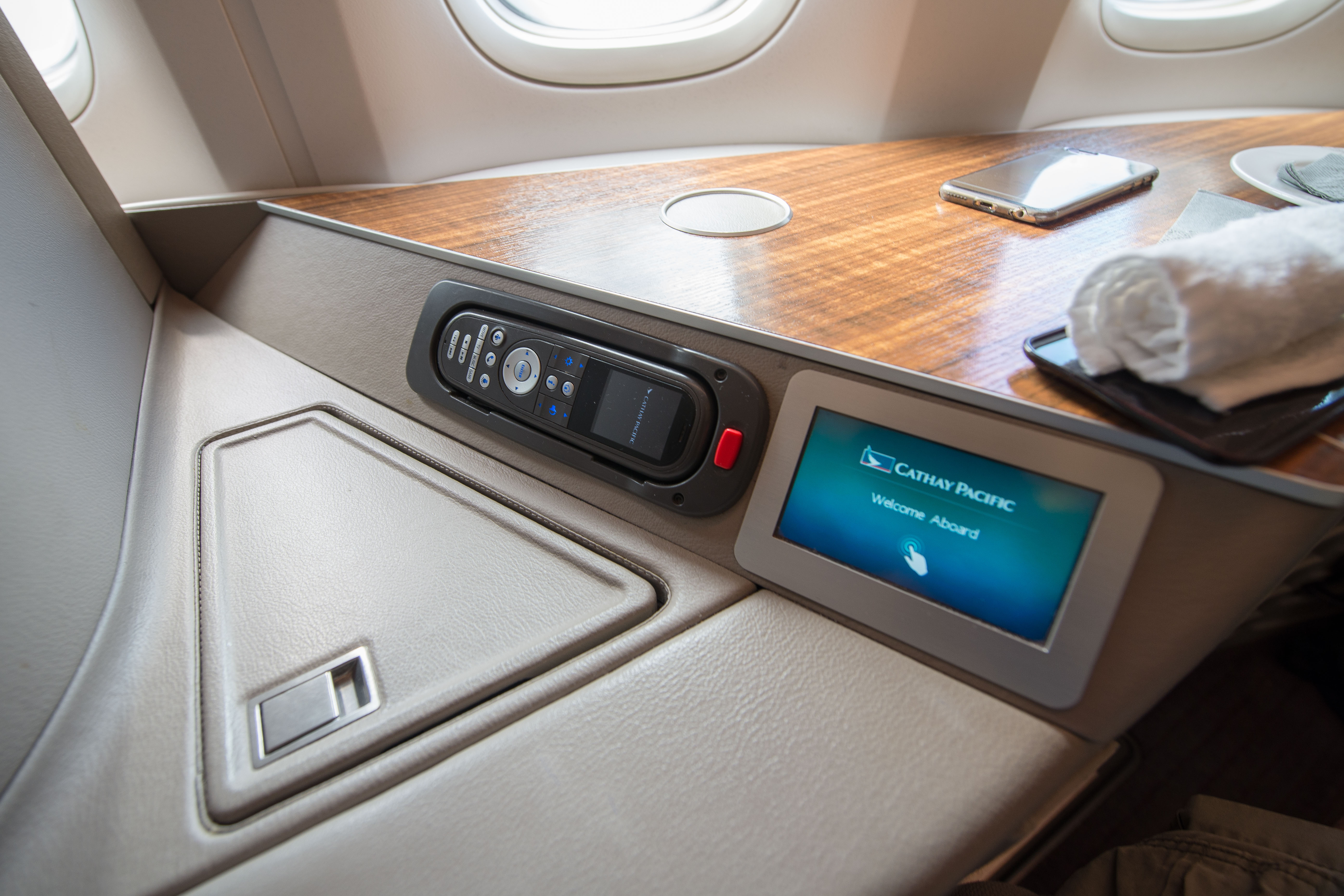 Cathay Pacific 77W First Class Seat6