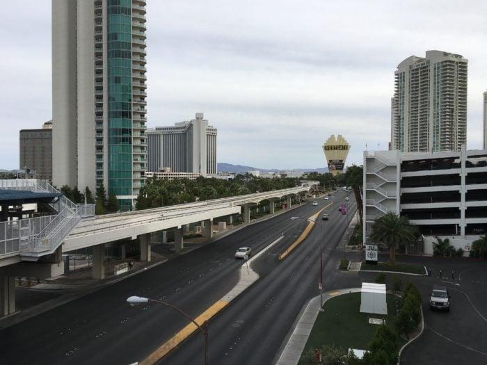 通往Strip中心地带的Monorail